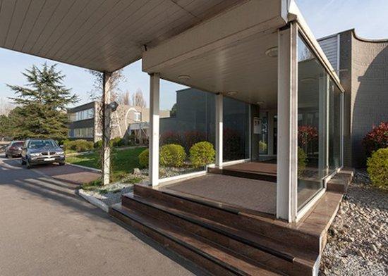 Armbouts-Cappel, Francia: Facade