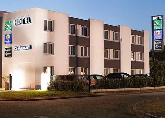 Gradignan, France: FRComfort Hotel Bordeaux Pessac Front