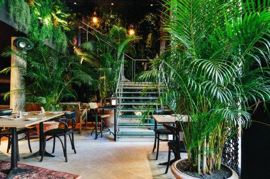 apres restaurant at kube hotel paris photo de kube hotel paris tripadvisor. Black Bedroom Furniture Sets. Home Design Ideas