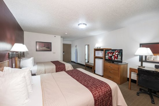 Maryville, MO: Deluxe 2 Full Beds