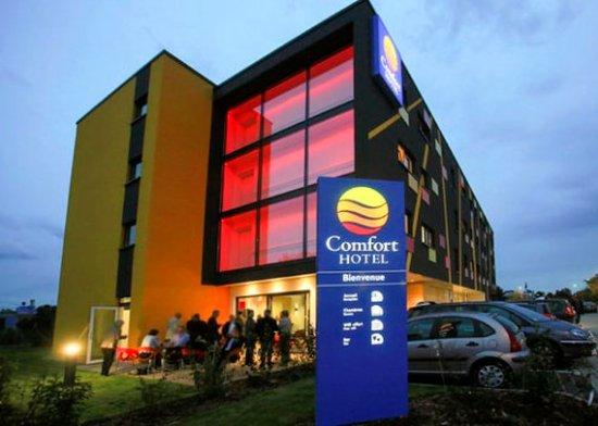 comfort hotel expo colmar france voir les tarifs 202 avis et 379 photos. Black Bedroom Furniture Sets. Home Design Ideas