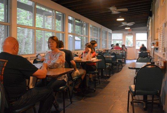 Meadows of Dan, VA: Dining Room