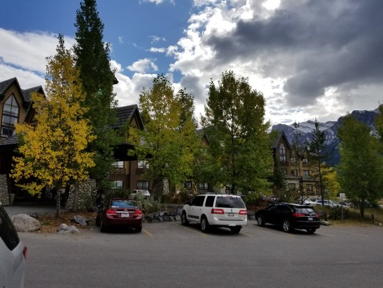 Holiday Inn Canmore: 20170922_144707_large.jpg