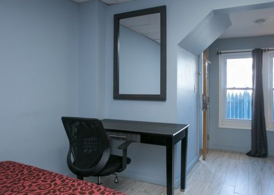 Econo Lodge - Seaside Heights / Toms River: Bedroom
