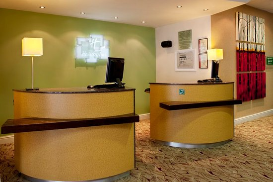 Hothfield, UK: Front Desk where a warm welcome awaits you