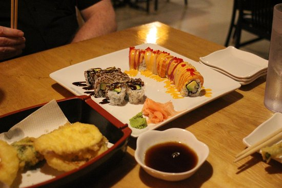 Noblesville, IN: Barbecue Eel Roll, Rainbow Roll, and Tempura