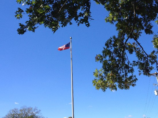 Franklin, TN: The flag flying over the Memorial Gravesite