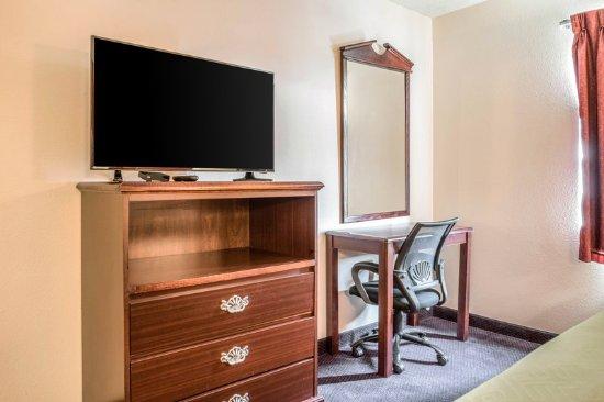 Redgranite, WI: Guest room