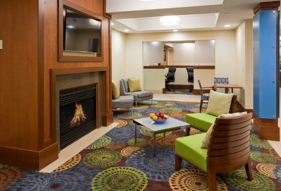 Cedar Rapids, IA: Hotel Lobby