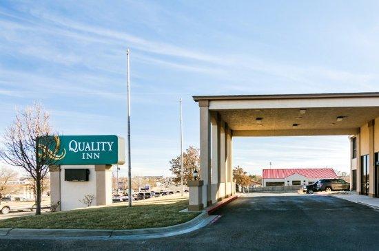 Quality Inn West Medical Center: Exterior