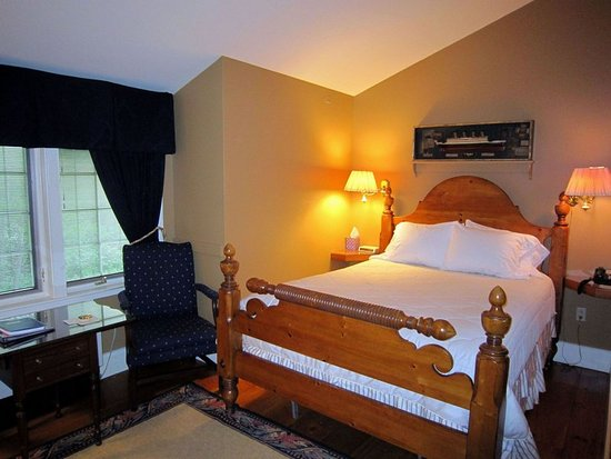 Vergennes, VT: Bristol Room