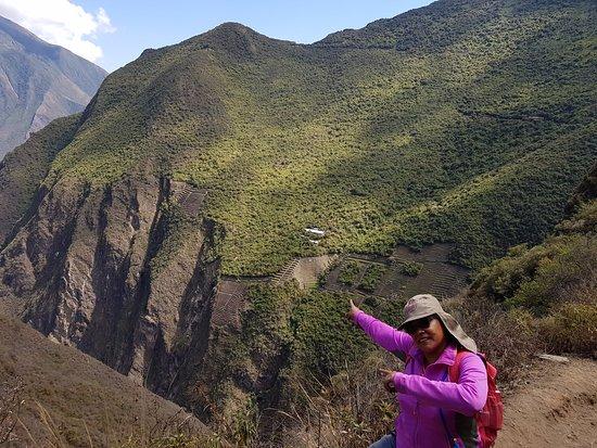 Cachora, Perú: La ruta se observa la andeneria