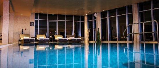 Raithwaite Estate: Pool
