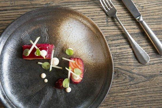 Tudor Farmhouse Hotel: Food Beetroot Salmon