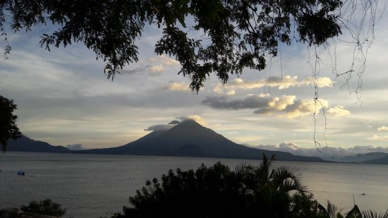 Lake Atitlan, Guatemala: 20171016_172703_large.jpg