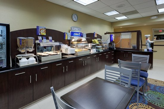 Hanover, MD: Smart Start to your day with our Express Start Breakfast Buffet