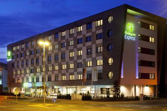 Holiday inn express bremen airport updated 2018 hotel for Boutique hotel bremen