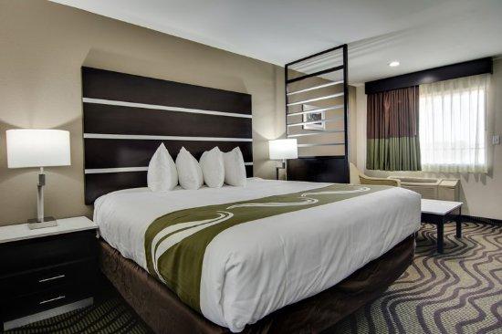 Athens, GA: Guest room