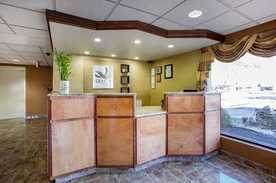 Vineland, NJ: Front Desk
