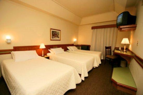 Hotel Bella Italia: Deluxe Triple Twin