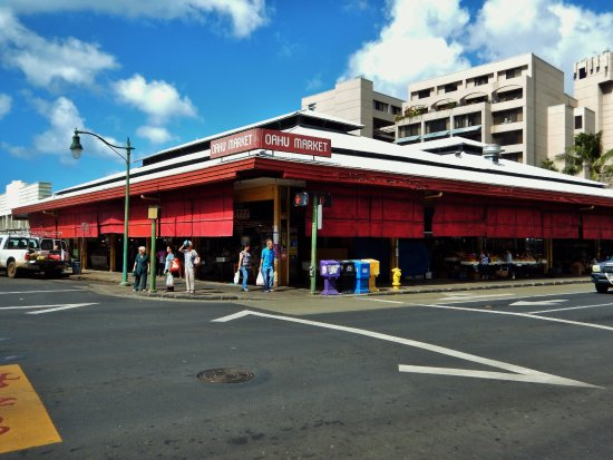 Entrance to chinatown and the usual homeless picture of for Honolulu fish market