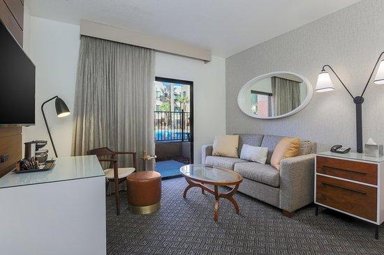 Rancho Cordova, CA: Suite living area