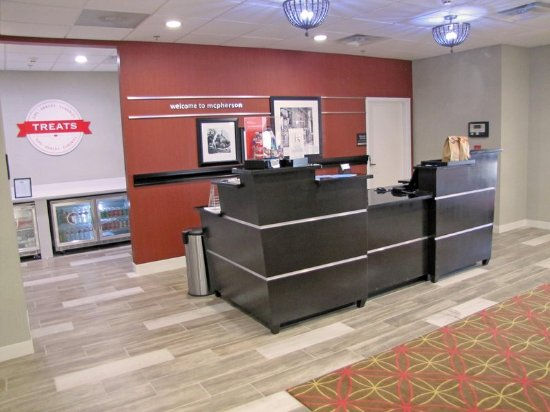 McPherson, KS: Front desk area