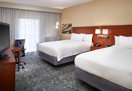 Mendota Heights, MN: Queen/Queen Guest Room