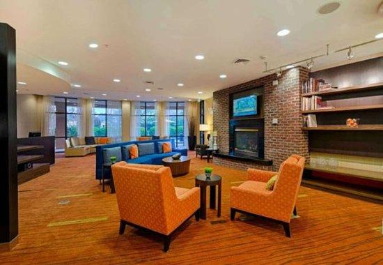 Salisbury, MD: Lobby - Seating Area