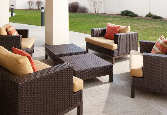 Lebanon, NJ: Outdoor Patio