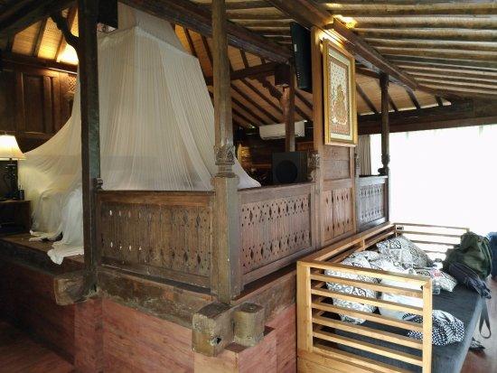 KajaNe Yangloni: Bali Style Room - but not so clean