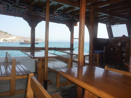 Below decks - Picture of Ozzlife Boat, Gumbet - TripAdvisor