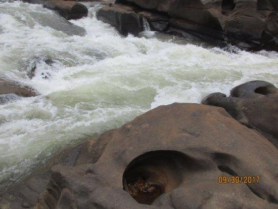 Kalasa, Indien: bhadra river