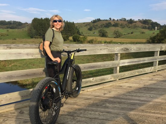 OK I could ride this until age 80. Pedago electric fat-tire bike - Speeds Bicycle Rentals Sparta