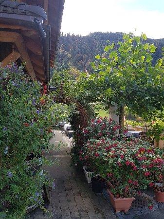 Riemenstalden, Suisse : Eingang zur Gartenterasse