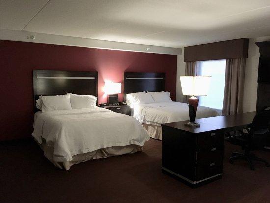 Hampton Inn and Suites Detroit/Airport-Romulus: photo0.jpg