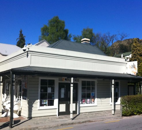 Arrowtown Bakery & Cafe: shop frontage