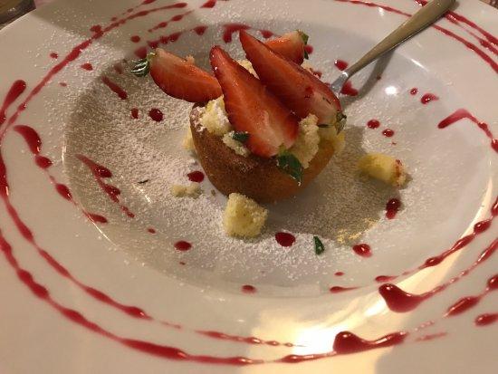 Piano di Mommio, Italy: Dessert