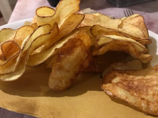Piano di Mommio, Ιταλία: Patate chips fatte in casa