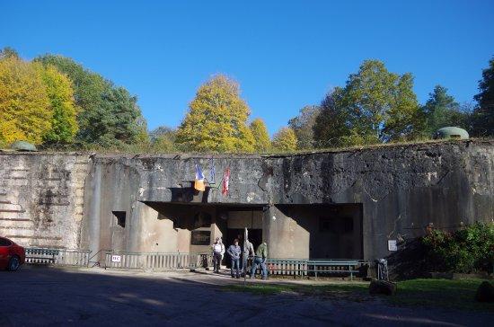 Lembach, France : entrée munitions