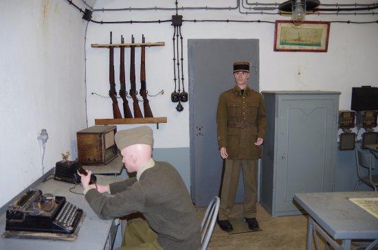 Lembach, France : poste de commandement