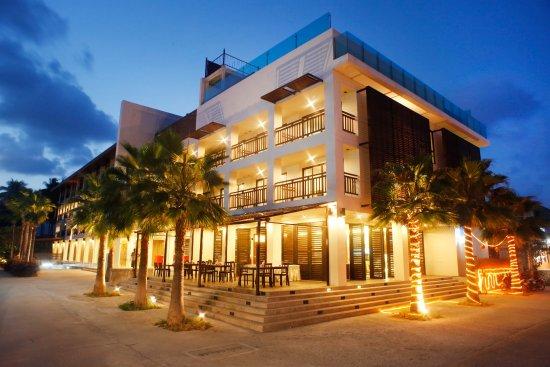 D Varee Diva Avenue Samui: Hotel Buiding