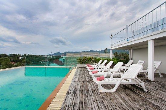 D Varee Diva Avenue Samui: Swimming Pool