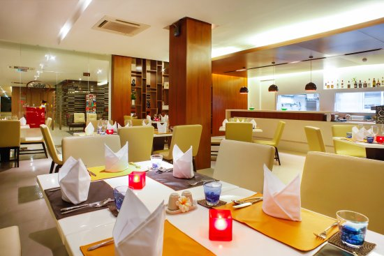 D Varee Diva Avenue Samui: Restaurant