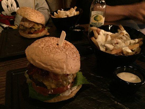 Al, Norwegen: Burger
