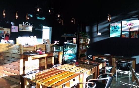 Klang, Malasia: Cafe Interior Design