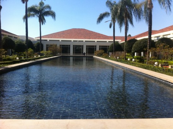 Yorba Linda, CA: courtyard of Nixon Library