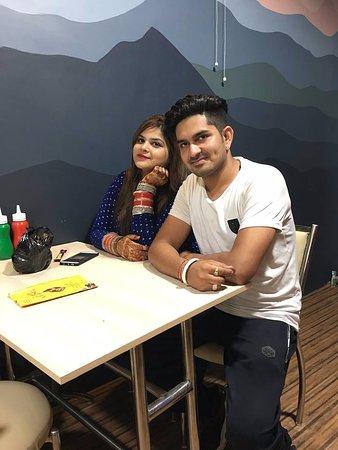 Oli aikeissa dating virasto on Zayn Malik dating Perrie pienestä sekoitus Hoshiārpur Swingers Groupin · Antiikkikauppiaiden Kaakkois UK.