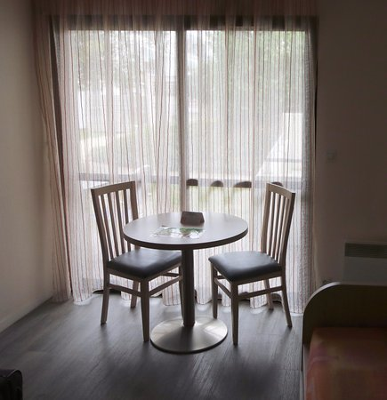 Table bild von r sidence odalys archipel la rochelle tripadvisor - La table basque la rochelle ...