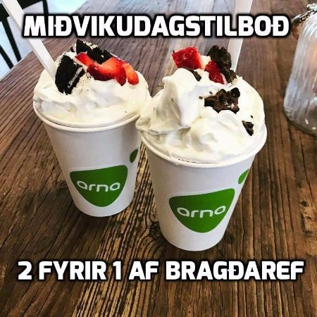Seltjarnarnes, Iceland: Every wednesday, you get 2 bragdarefur for the price of 1....share with a friend :)